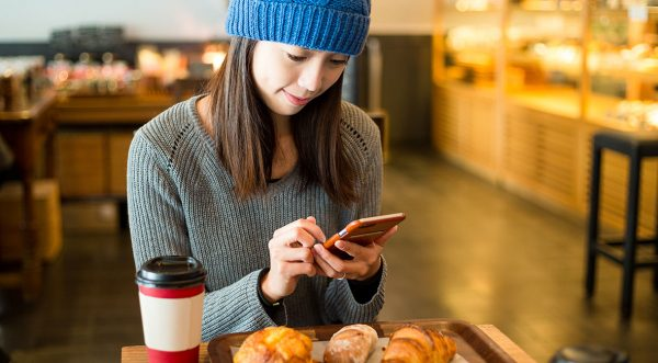 Mobile wake up call for digital marketers as Asia leads smartphone use